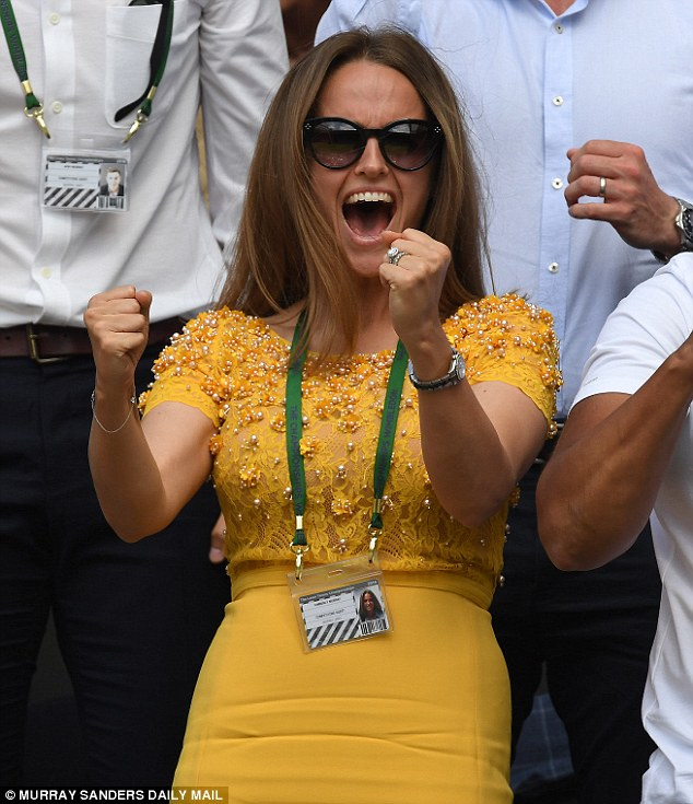 Kim Murray wows in a £2,200 dress by Duchess of Cambridge's favourite designer Jenny Packham as she watches Andy win Wimbledon