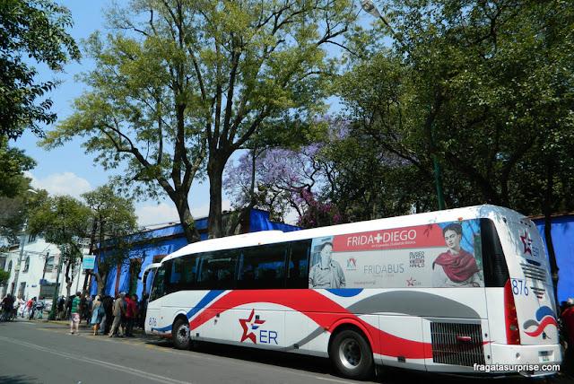 Fridabus, transporte entre o Museu Frida Kahlo e o Museu Anahuacalli de Diego Rivera, Cidade do México