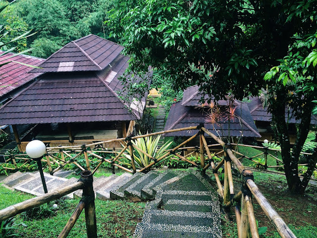 Saung Abah Sukabumi