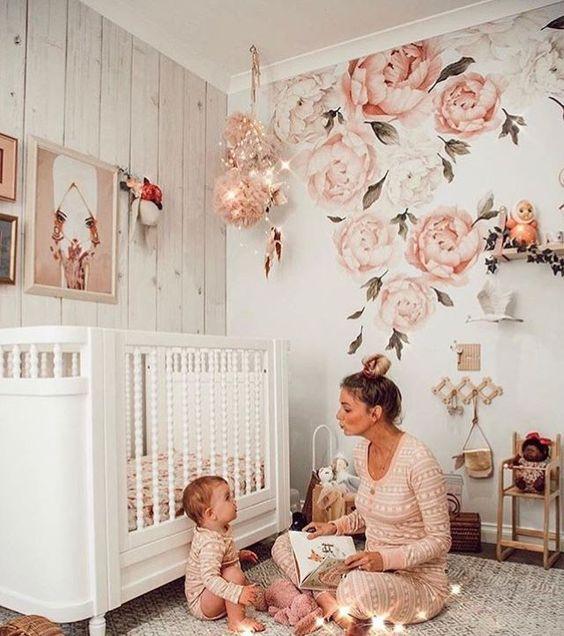 wallpaper of girls' room walls