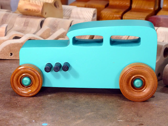 20170521-152610 Etsy - Wooden Toy Car - Hot Rod Freaky Ford - 32 Sedan - MDF - Air Brushed Acrlyic
