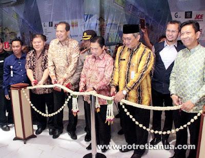 Transmart Duta Mall Banjarmasin