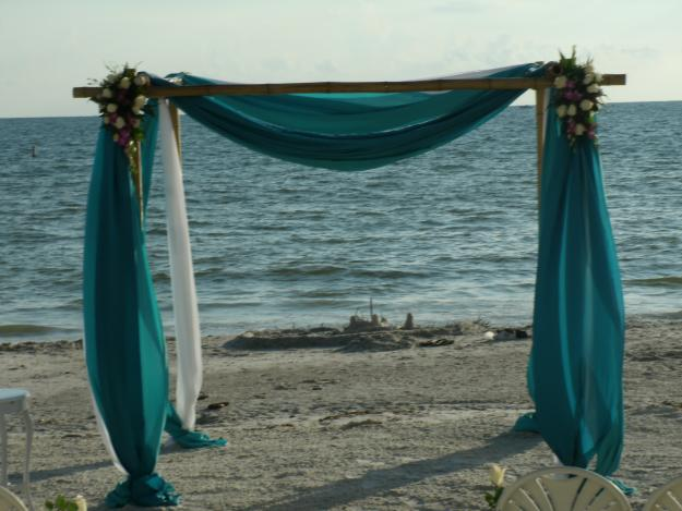 Beach Wedding Arch Ideas: Need Alter Ideas