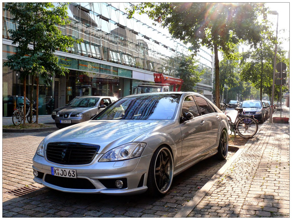 Mercedes-Benz S63 AMG W221 Silver on Black | BENZTUNING