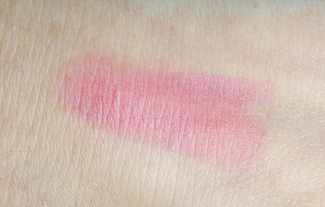 Dior Lip Glow 102 Matte Raspberry swatch