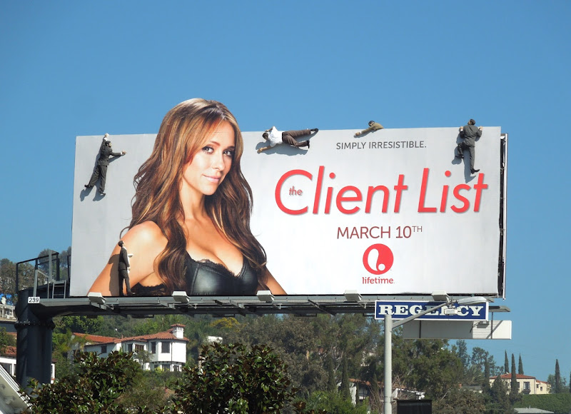 Jennifer Love Hewitt Client List season 2 mannequin billboard