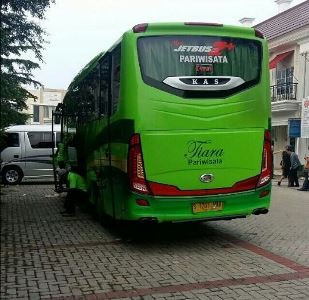 Harga Sewa Bus Medium Ke Puncak, Harga Sewa Bus Medium
