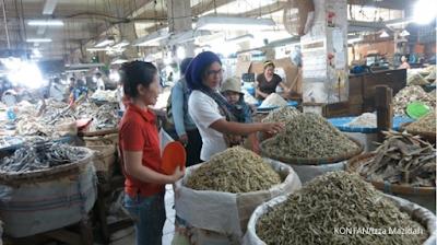 Belanja Teri di Pasar Pajak Central, Medan