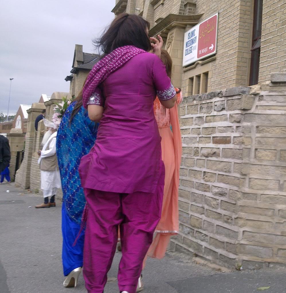 Hot Indian Desi Girls Walking On Road Captured By A Hidden -7637