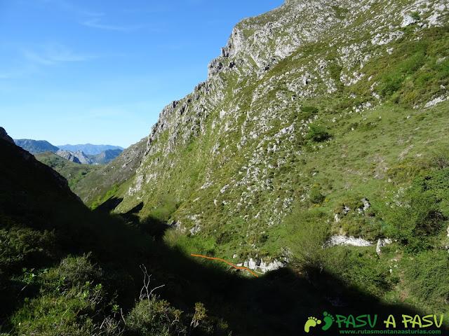Ruta al Pierzu desde Priesca: Entrando en el Sedo Espina