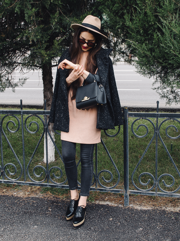 fashion blogger diyorasnotes jeans under the dress zaful bag oxfords fedora hat asos