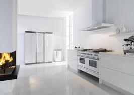 Grote Witte Eettafel.Interieur Huis Bed June 2011