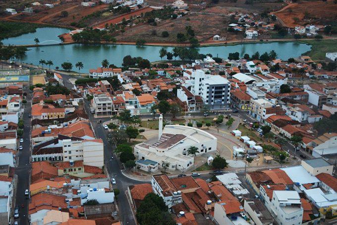 Caculé: Gastos com os festejos do centenário da cidade podem ultrapassar os R$2 milhões