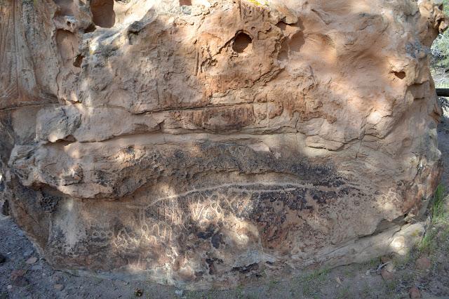 curves in desert varnish