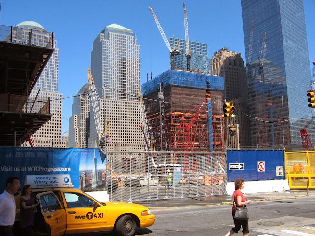 11 Eylül  Dünya Ticaret Merkezi'ne yapılan saldırı