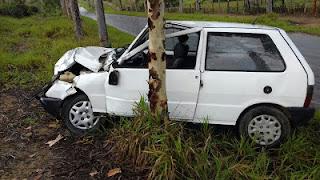Tapiramutá: Moto transportando 4 pessoas da mesma família colide com carro