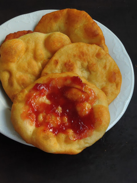 Mekitsa, Bulgarian Fried Dough