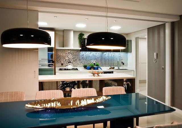 porta-de-correr-entre-sala-de-jantar-e-cozinha