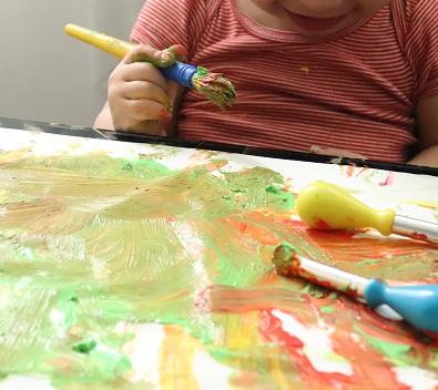 activité peinture bébé