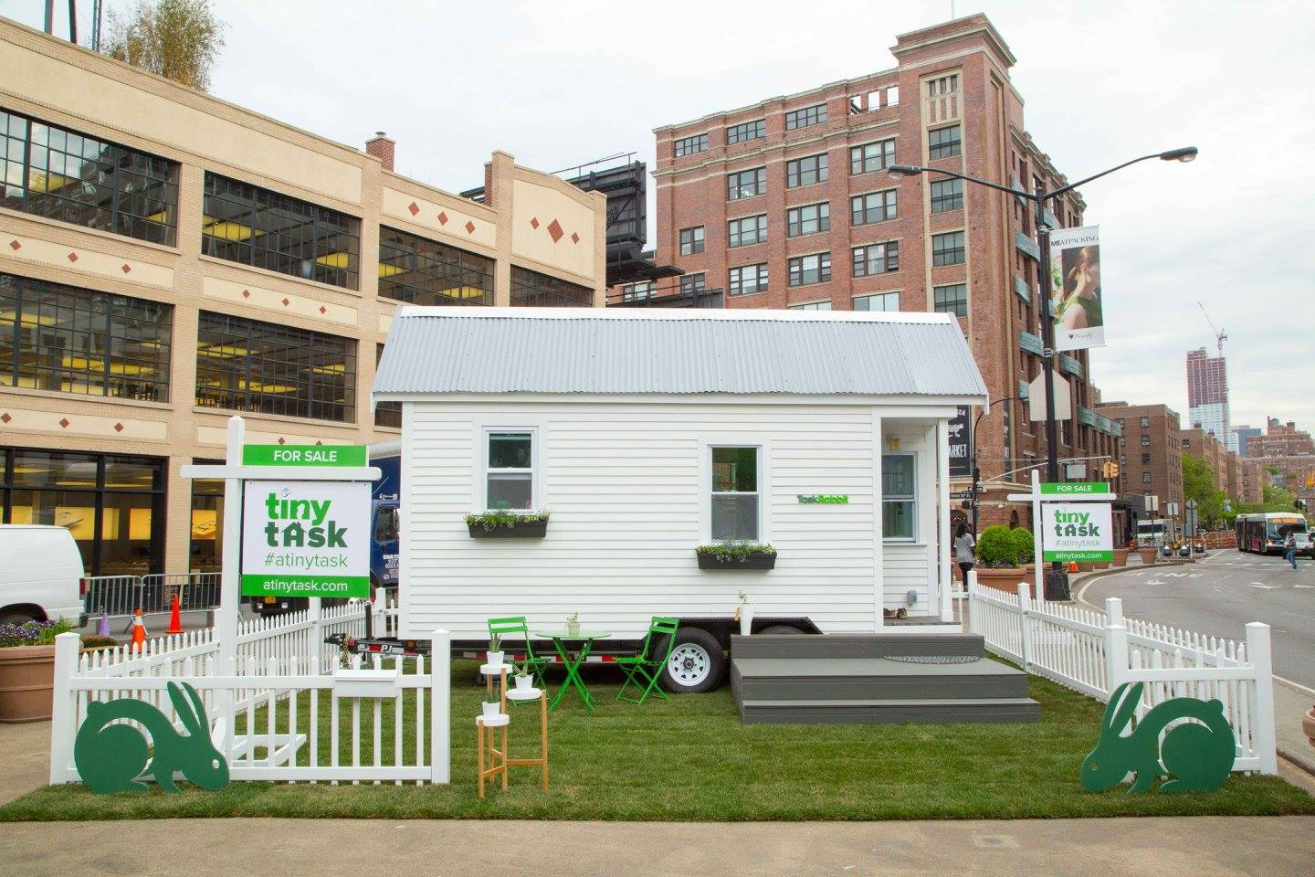 NYC Tiny House Built in 72 Hours TINY HOUSE TOWN