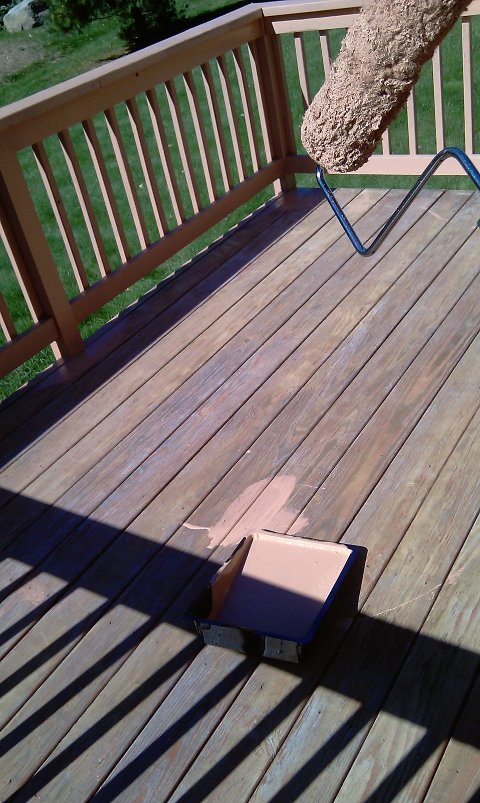 How To Stain Wooding Deck