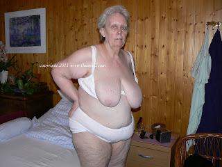 oma fotze very old women