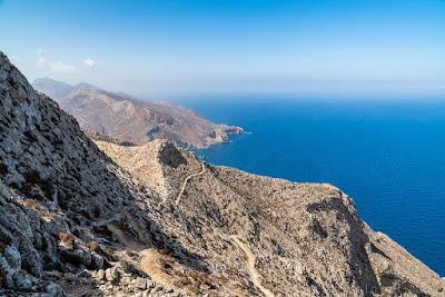 Mont-Kalamos-Anafi-Cyclades-Grece