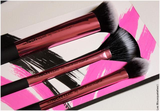 Coffret pinceaux à maquillage Real Techniques - Sammydress - Blog Beauté Les Mousquetettes©