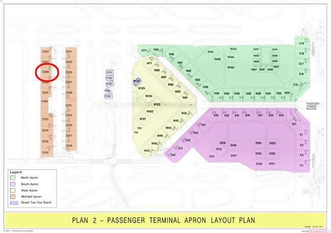 Tiada Pesawat, Tapi 'Penumpang' Turun Dari Aerobridge Di Lapangan Terbang