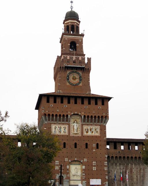 Torre del Filarete (Filarete Tower), Castello Sforzesco (Sforza Castle), Piazza Castello, Milan