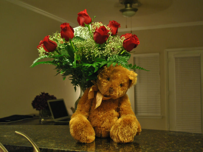 Valentine's Day, fluffy teddy bear,bouquet of roses