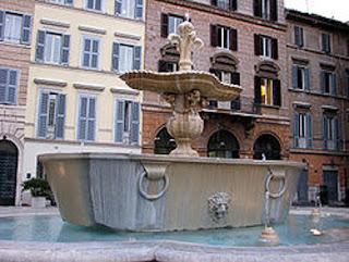 Fuente de la plaza Farnese en Roma. Bañera de las termas de Caracalla.