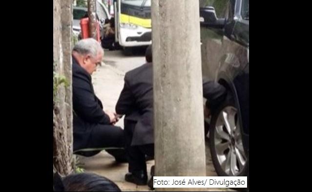 Cardeal arcebispo do Rio ficou no meio de um tiroteio na manhã desta sexta-feira.