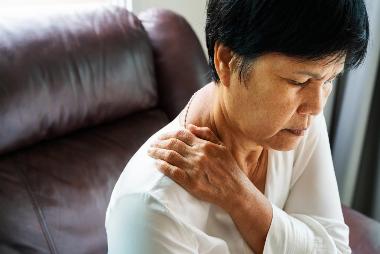 Apa yang perlu diketahui tentang cakram melotot di leher