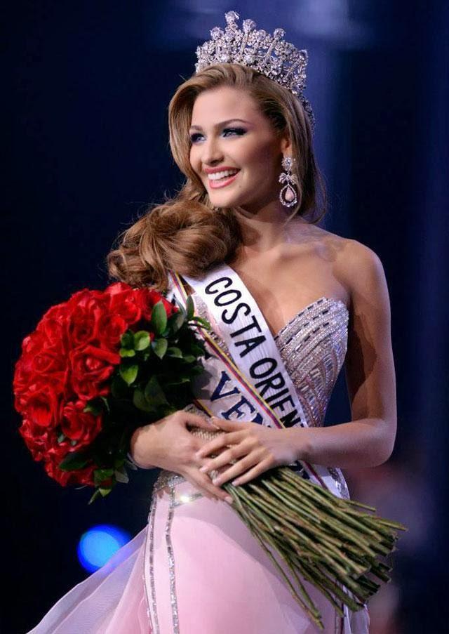 SASHES AND TIARAS     Miss Venezuela 2013 is Migbelis