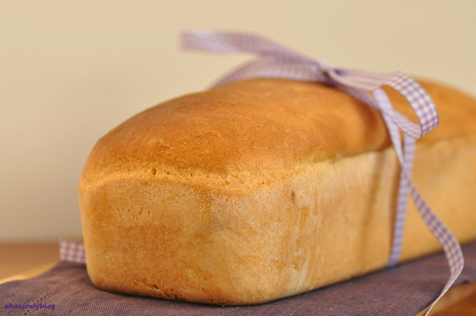 """Chleb tostowy. """"Na zakwasie i na drożdżach""""-marcowe zaproszenie."""