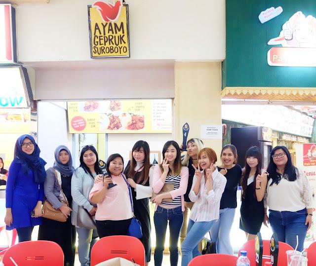 `Ayam Gepruk Surabaya