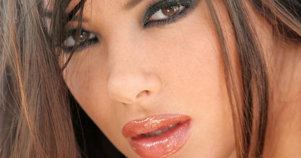 Natalia Sophia Nude Photos 2