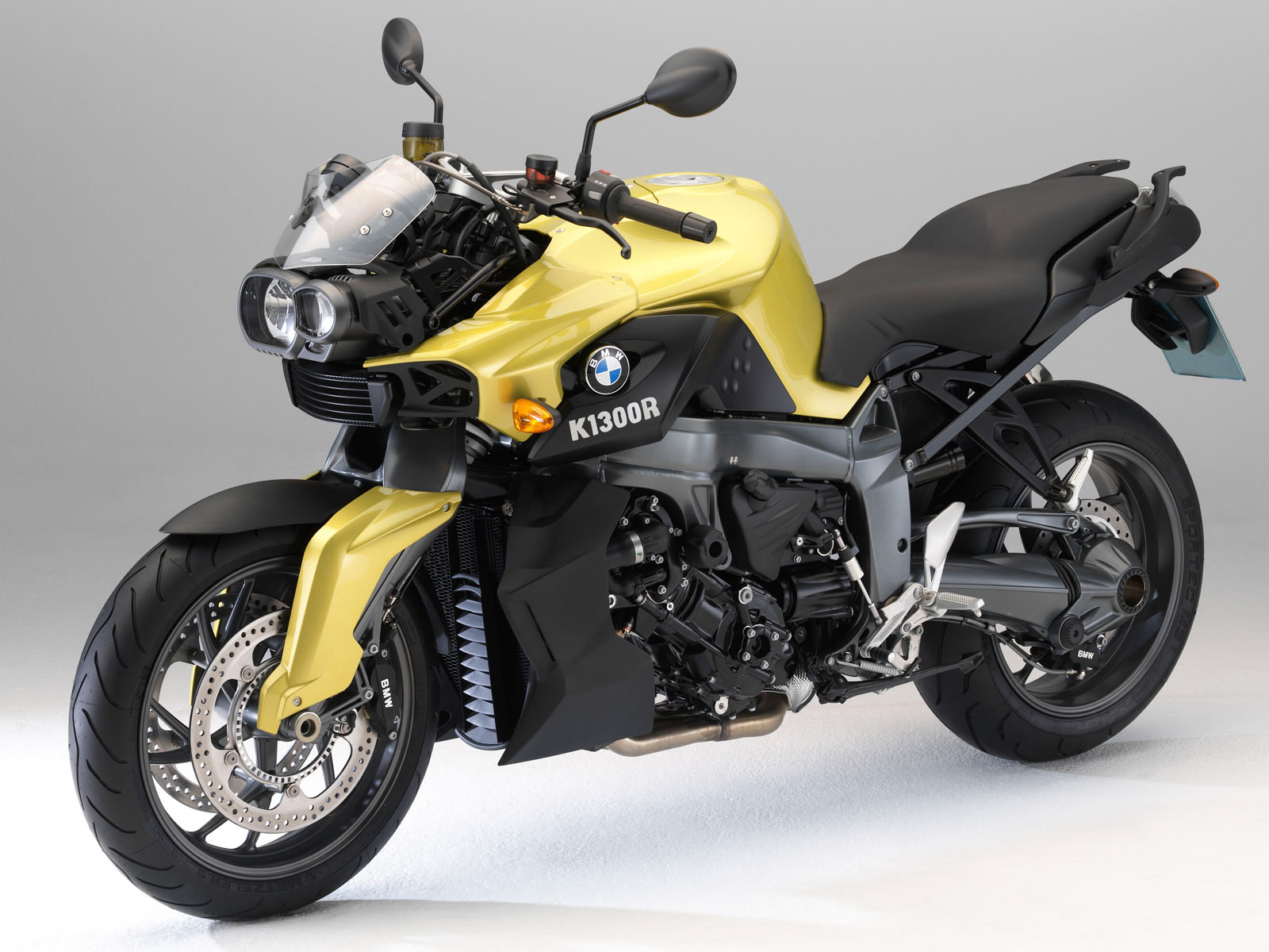 2010 bmw k1300r accident lawyers info wallpapers specs. Black Bedroom Furniture Sets. Home Design Ideas