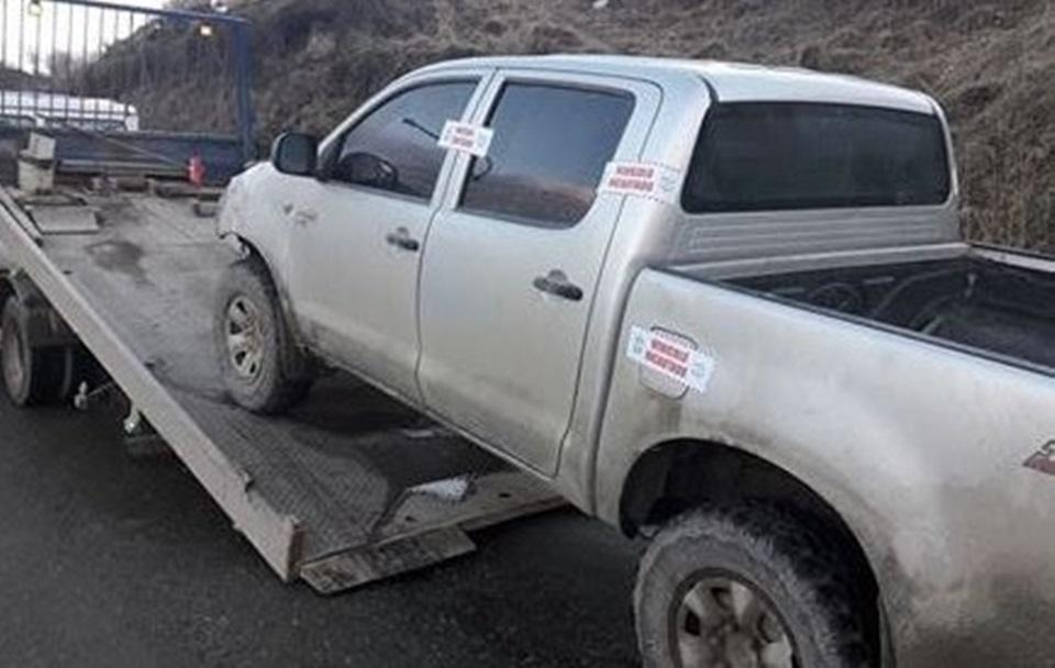Camioneta incautada