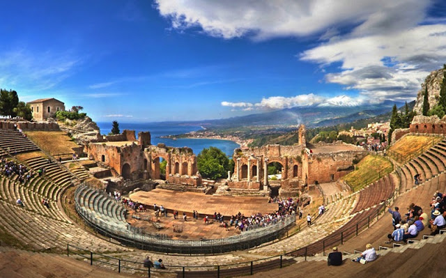 Teatro Grego em Taormina na Sicília