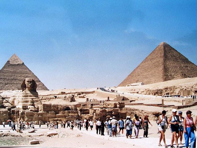 Pirámides; Pyramids; Pyramides; Esfinge; Sphinx; Giza; Guiza; Egipto; Egypt; Egypte