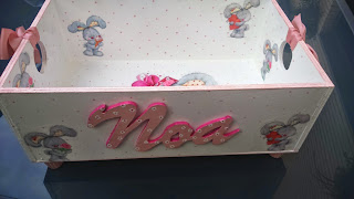 cajon para juguetes, niña, personalizado, letra madera, salvarecuerdos