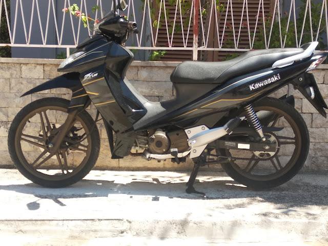Πωλείται μηχανάκι kawasaki ZX-130
