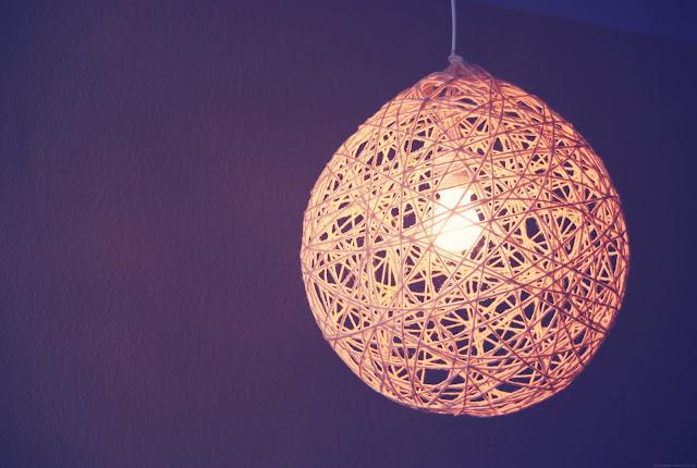 rotkehlchen diy fadenlampe. Black Bedroom Furniture Sets. Home Design Ideas