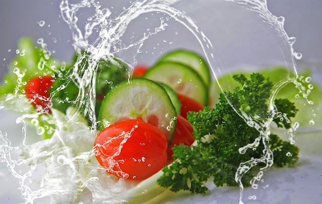 Alimentos de verão com muita água e poucas calorias