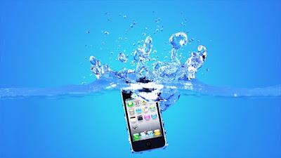 smartphone-terkena-air