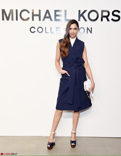 Deepika Padukone Gorgeous Debut at New York Fashion Week for Michael Kors show (4).jpg