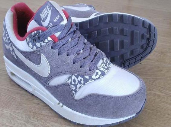 in stock 22335 64e7d Femmes Nike Air Max 90 Léopard Gris Blanc