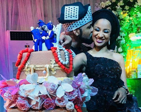banky w adesua etomi traditional wedding photos